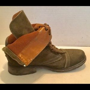 Steve Madden Shoes - STEVE MADDEN MOTO BOOTIE GREEN Suede Distressed 9M